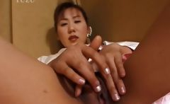 Japanese geisha pleasuring pink twat