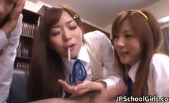 Super sexy japanese schoolgirls